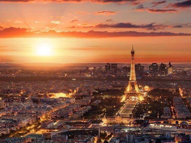 Flüge nach Paris Pergeleichen   Günstig Buchen